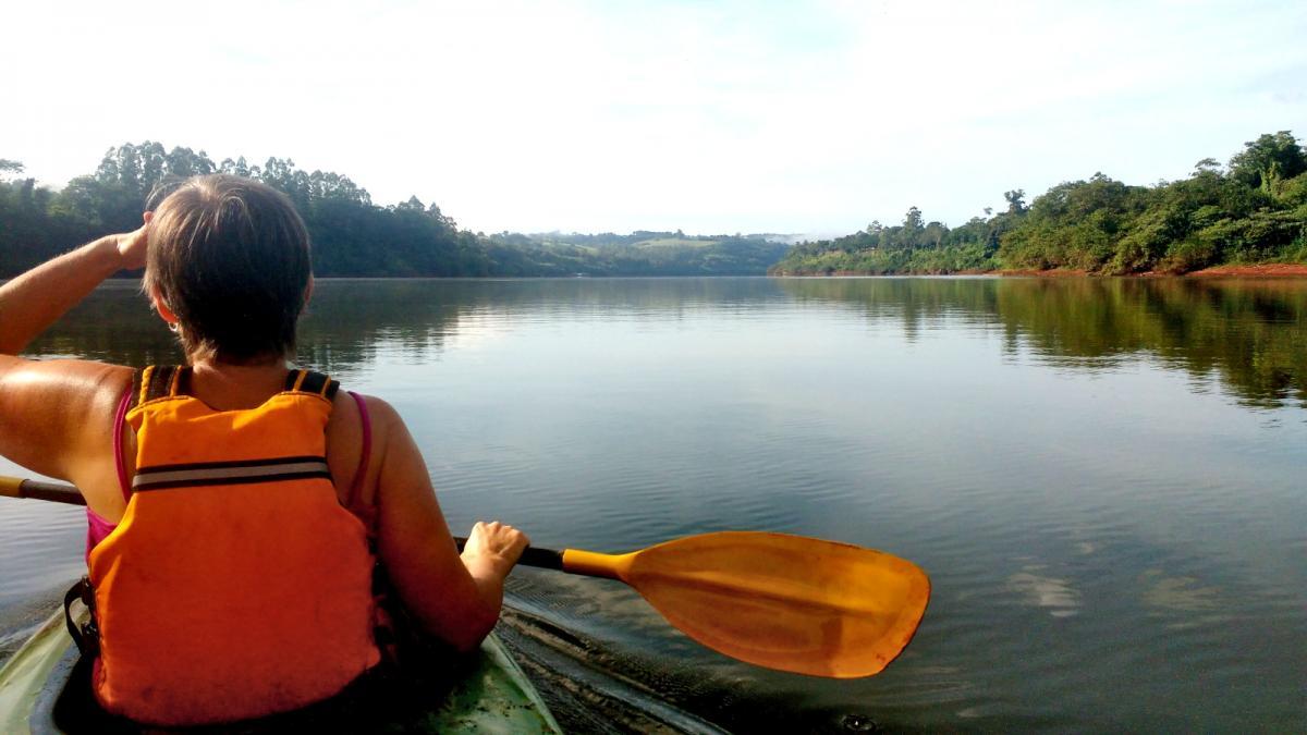 Tour paseo guiado en kayak en El Soberbio